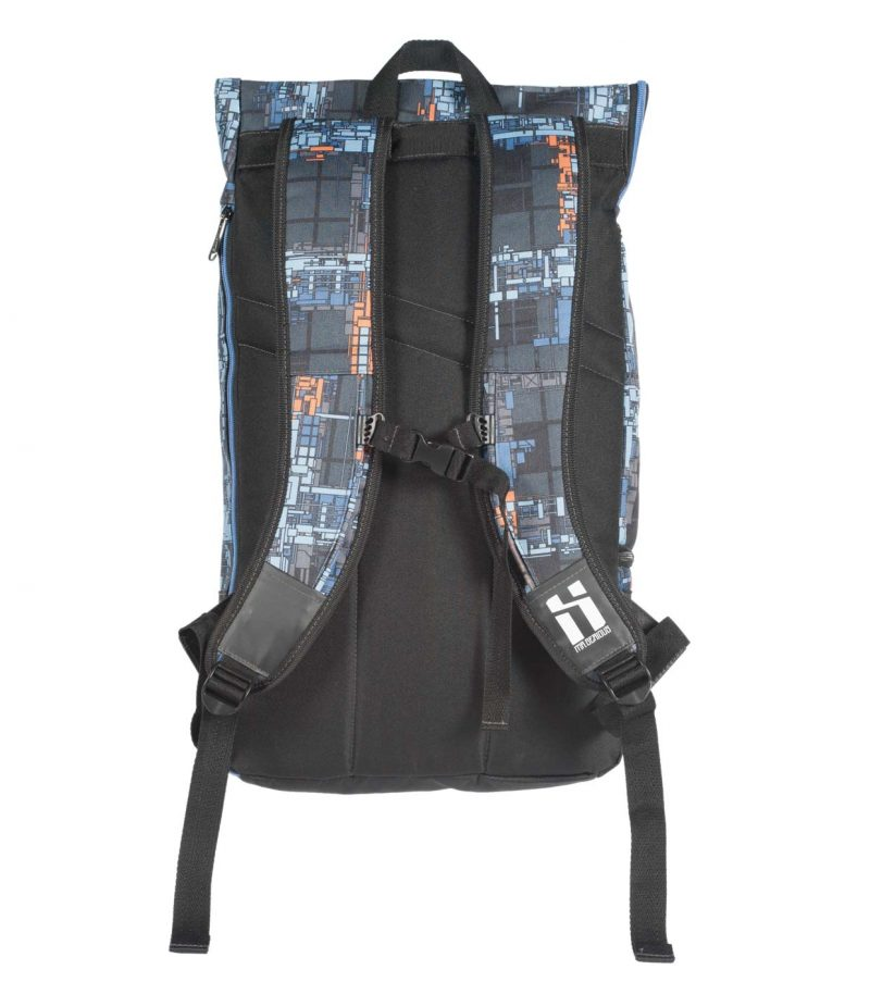 Mr.-Serious-Wanderer-backpack-zedz-back-side